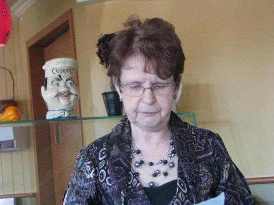 Mme Laurette Dupont