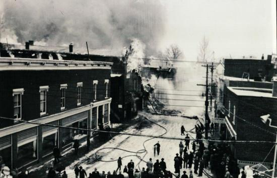 Incendie sur la rue Child en janvier 1949