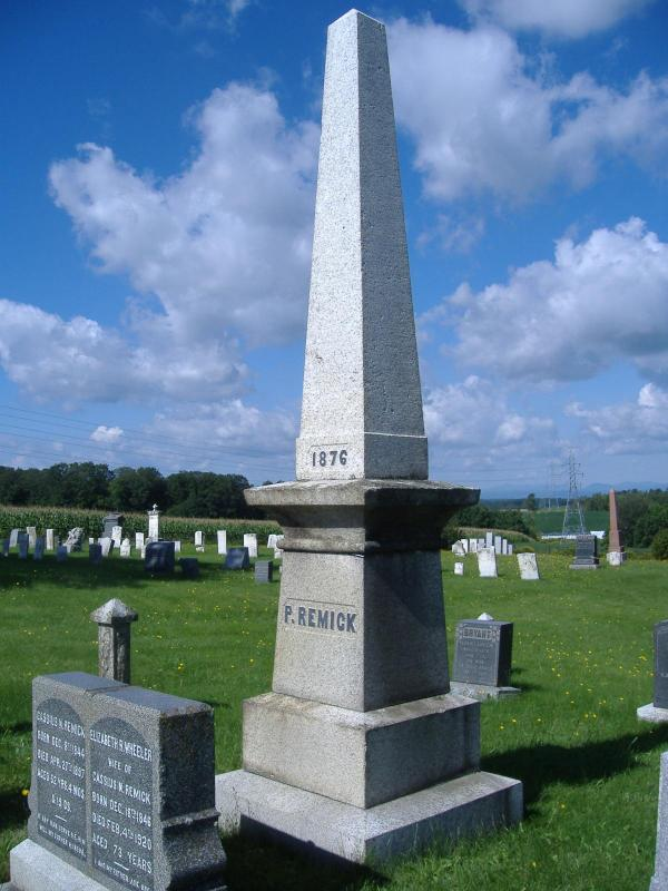 Monument Remick au cimetière Pleasantview de Barnston