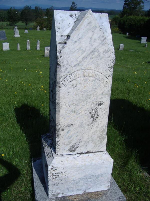Le Barnston Pleasantview Cemetery regroupe, entre autres, des membres des premières familles de Barnston Corner. Manda Cushing, diacre de l'église baptiste, et les trois épouses qu'il a eues, Sally Heseltine, Patty Abbott et Dorothy Pickham, y sont inhumés. On peut y trouver la pierre tombale, qui date de 1840, du fabricant de meubles et mécanicien, Walter Buckland Sr, le chef d'une famille pionnière du canton de Barnston.