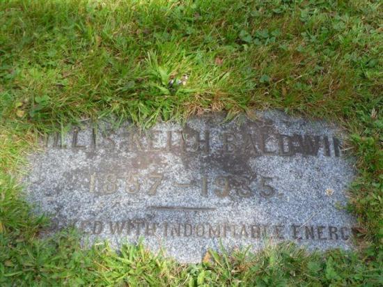 Willis Keith (W.K.) Baldwin fut marchand et l'un des plus gros propriétaires forestiers de la région.  Il fonde à la fin du 19e siècle, en compagnie de E.-A. Baldwin, l'une des premières entreprises de lait condensé au Canada. Il semble que cet homme fut l'un des plus riches de la région.  Il fut également député fédéral du comté de Stanstead de 1917 à 1930, puis se retira de la vie politique pour se concentrer sur son magasin général.    Le 18 avril 1935, à l'âge de 78 ans, il fut victime d'u