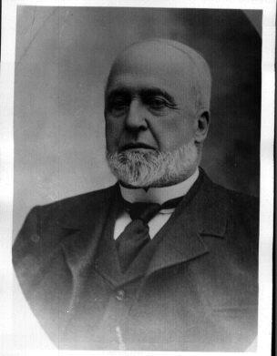 Henry  Lovell fut maire de Coaticook de 1874-1875 / 1886-1887
