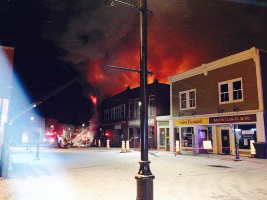 L'incendie majeur survenu dans la nuit de mercredi 15 janvier 2014 à jeudi le 16 détruisant  un immeuble de la rue Child. Le bâtiment du 57 rue Child abritait deux commerces : Gaétane Fleuriste et Créations Rosy au rez-de-chaussée et  six logements.