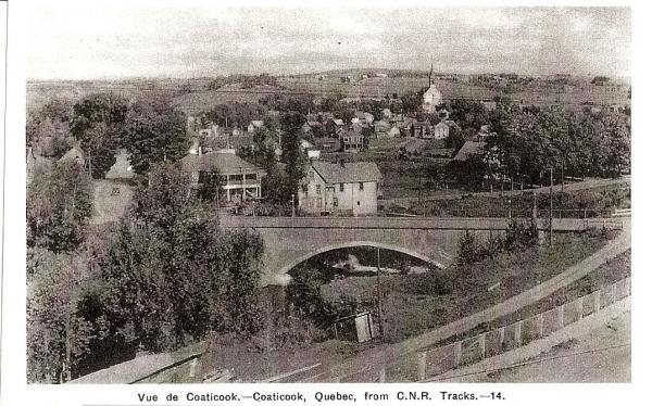 Le pont de la rue St-Paul vu du coté Nord