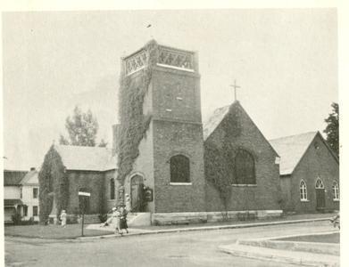 L'église St-Stephen's est la seconde église anglicane construite à Coaticook. La 1e étant sur la rue Norton mais fut démolie et on construisit celle-ci au coin de la rue Gérin-Lajoie et Cutting. Elle fut construite en 1907 et est de style renouveau gothique.