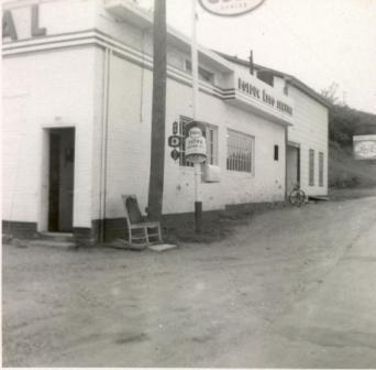Le garage Bolduc était situé sur la rue Child devant la rue St-Paul Ouest.
